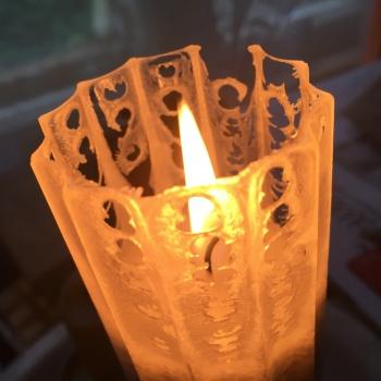 Kaabsoo pitsiline küünal Gothic Cobweb Candle
