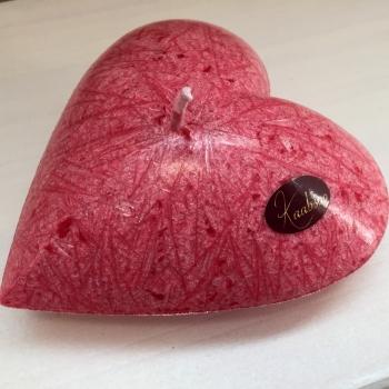 Punane südamekujuline küünal Heart-shaped Candle Kaabsoo