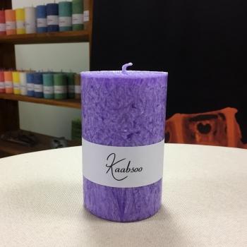 Lilla suur käsitöö lauaküünal pitsiline Kaabsoo Lilac Large Pillar Candle