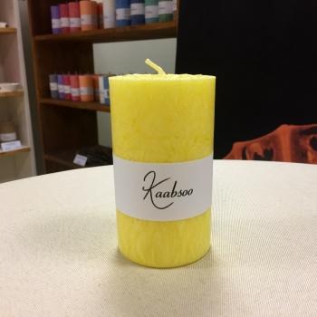 Kollane lauaküünal pitsküünal Yellow cobweb pillar candle.jpg